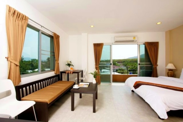 Corner room - Chalong studio apartments